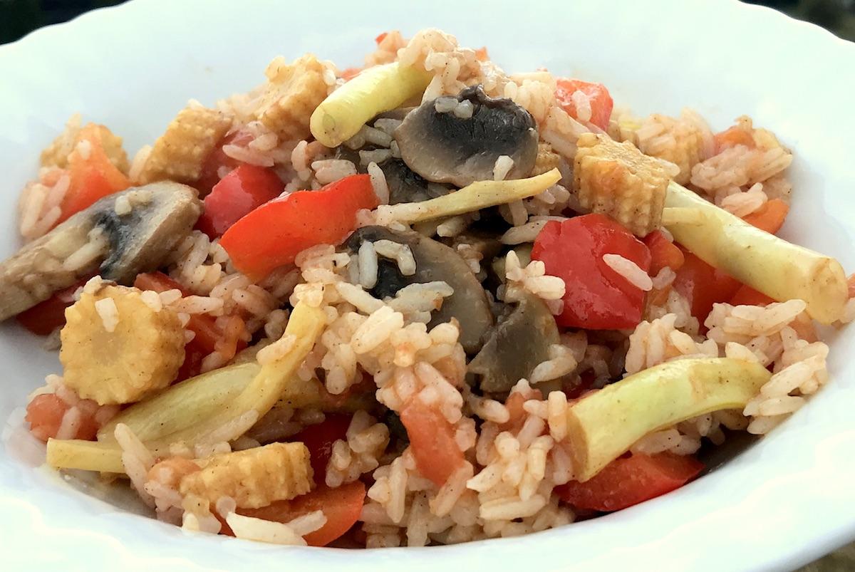 Smażony Ryż z Warzywami Po Chińsku