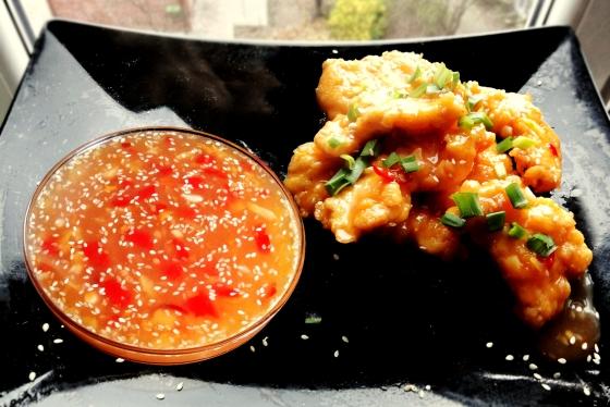 Kurczak Pomarańczowy i Słodki Sos Chili